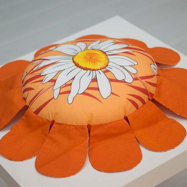 1001-DU. Памучна оранжева възглавничка Цвете