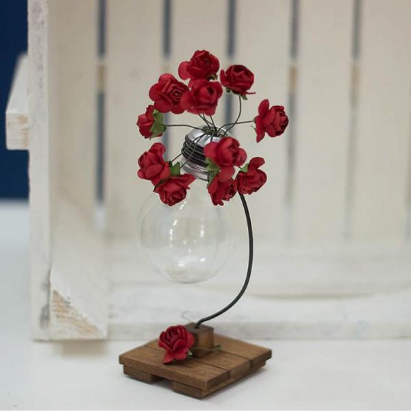 1006-ID. Декоративна ваза с Крушка на стойка