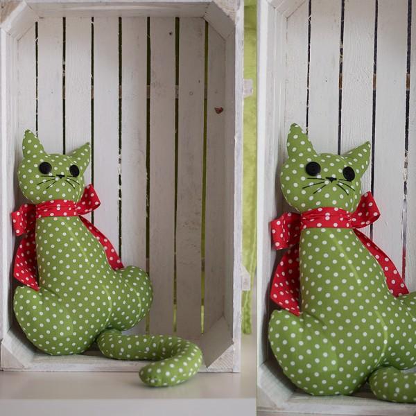 3025-DD. Зелено декоративно Коте