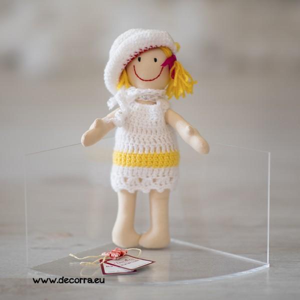 3099-DD. Бебешка кукла с плетени дрехи и шапка