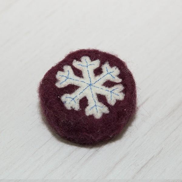 3077-PP. Плъстен с декорация Снежинка