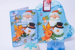 Дървено пано Коледна камбанка с дядо Коледа, Снежко и Еленко