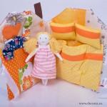 4011-DD. Занимателна къща чанта с кукла и 2 рокли