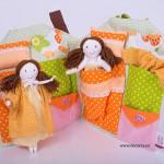 4038-DD. Комплект къщичка с 2 кукли близначки
