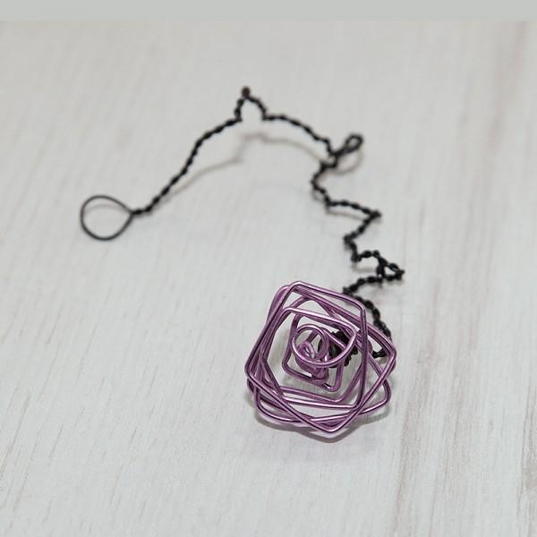 1014-ID. Лилава роза от тел ръчна изработка