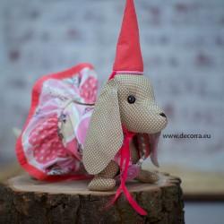 3093-DD. Куче Дакел от плат с розови дрехи