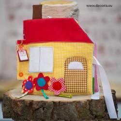 4055-DD. Тиха книжка-къща с пъзели и игри